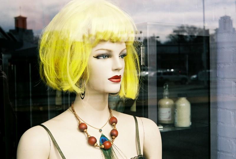 Natural blond. (Fed 50/3.5 on Bessa L)