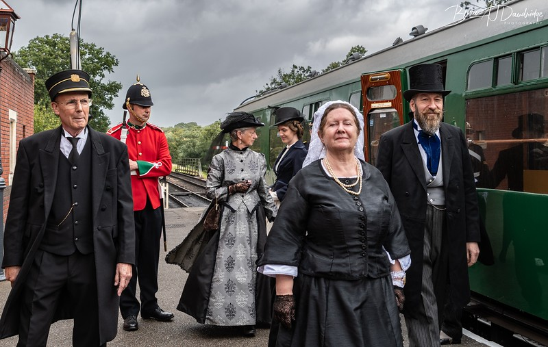 Queen Victoria arrives at Sheffield Park Station