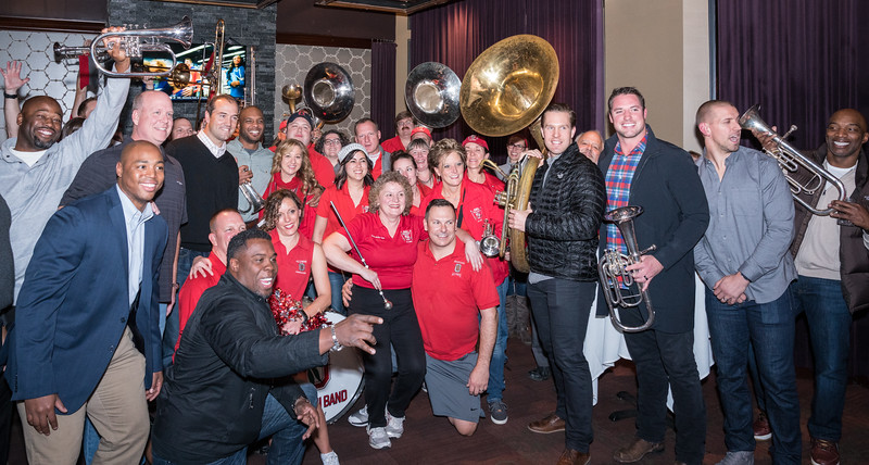 The Hyde Park Restaurants gig ran into some Buckeye notables.  They were tickled to be photographed with TBDBITL Alumni.