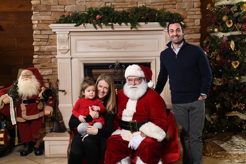 Santa2018.TylerBoye.-61.jpg