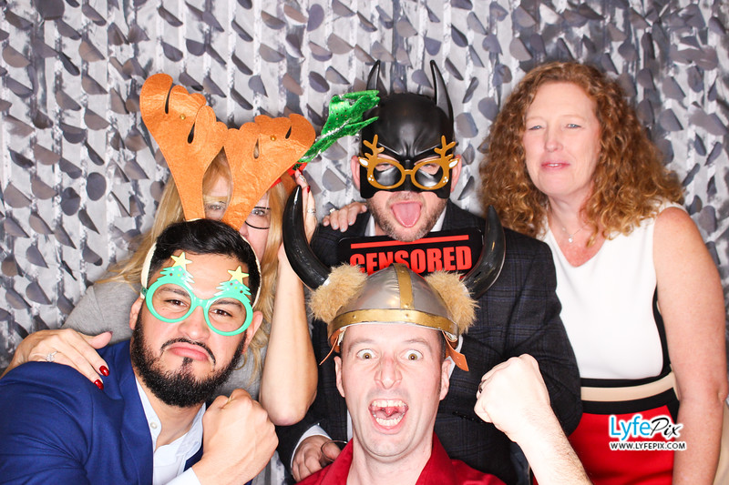 red-hawk-2017-holiday-party-beltsville-maryland-sheraton-photo-booth-0179.jpg