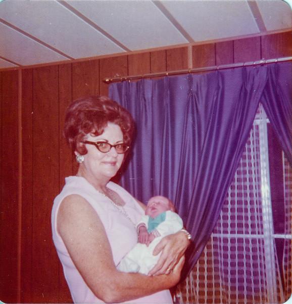 Georgia Stennett, Gary Stennett, 1974
