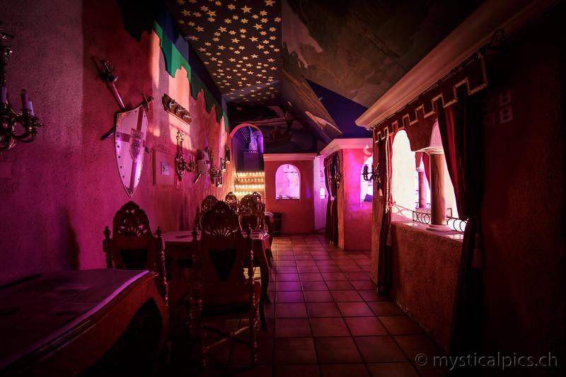 CastlePsyV015.jpg