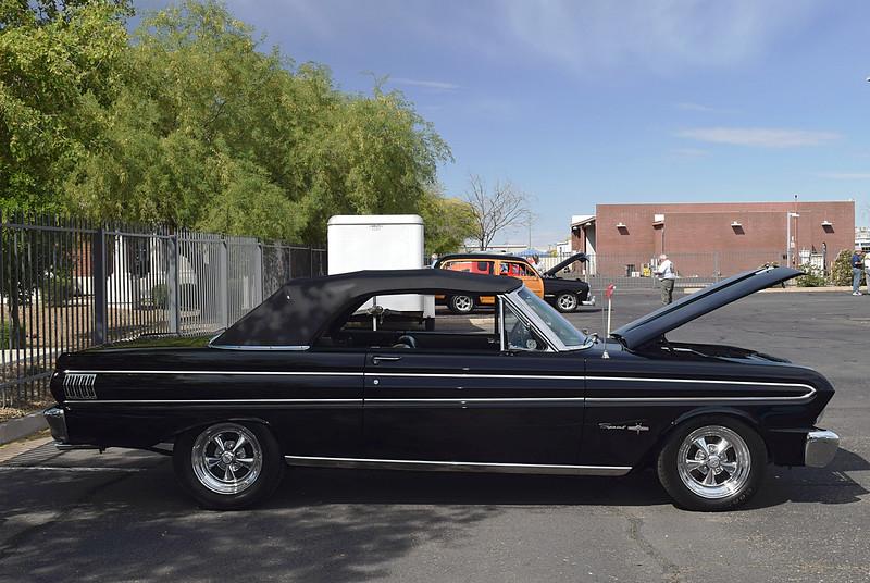 Ford 1964 Falcon conv side rt.JPG