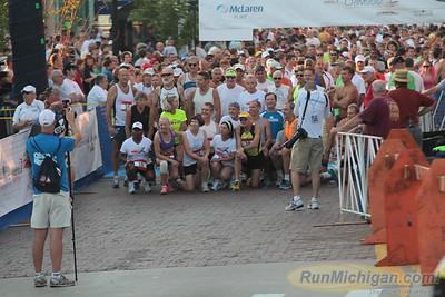 10 Mile Start 30-Year runners, Gallery 1 - 2012 Crim