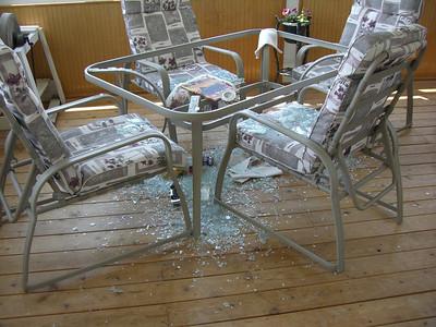 Broken Table 20070607