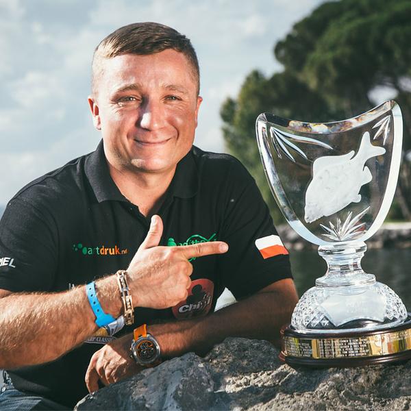 WCC15-001-Gabriel-Starzec-Poland-2014-Champion.jpg