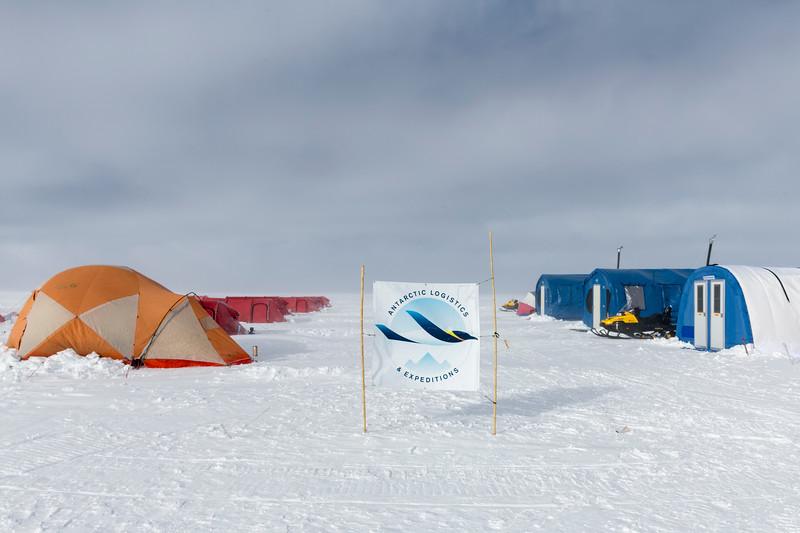 South Pole -1-5-18076619.jpg