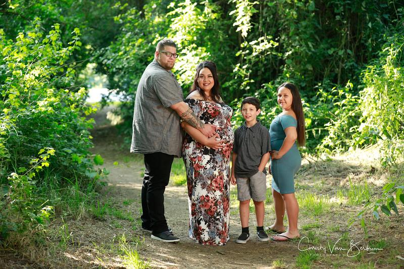 2020_May-Gonzalves-Maternity8077.jpg