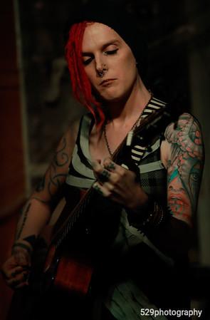 Zoe Ravenwood