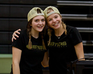 Outlaw Volleyball vs Sweet Home 10-21-2019