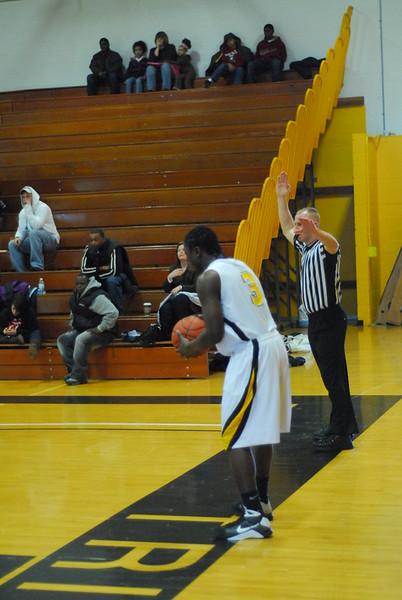 20090301_MCC Basketball_5599.JPG