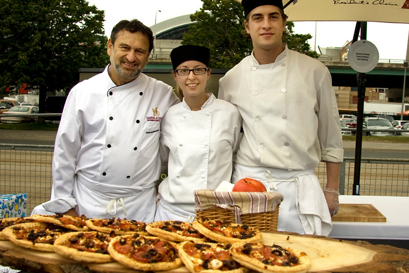 charming-daniel-clairet-co-owner-of-revered-daniel-et-daniel-with-his-cooks_3622742427_o.jpg
