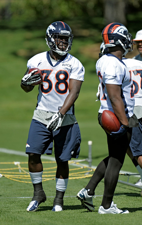 . Montee Ball (38) RB of the Denver Broncos runs through drills during OTAs June 3, 2013 at Dove Valley. (Photo By John Leyba/The Denver Post)