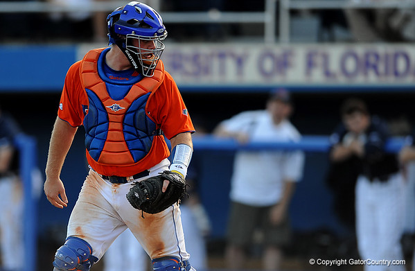 Photo Gallery: UF baseball vs. Ole Miss, 4/18/09