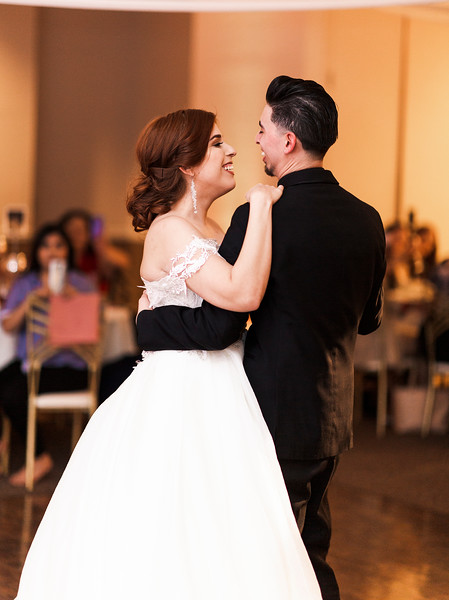 Alexandria Vail Photography Wedgewood Fresno Wedding Alexis   Dezmen773.jpg