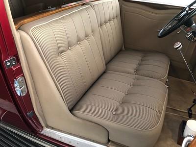 1932 Cadillac Front Seats