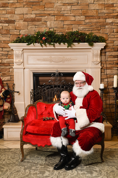 Santa2018.TylerBoye.-228.jpg