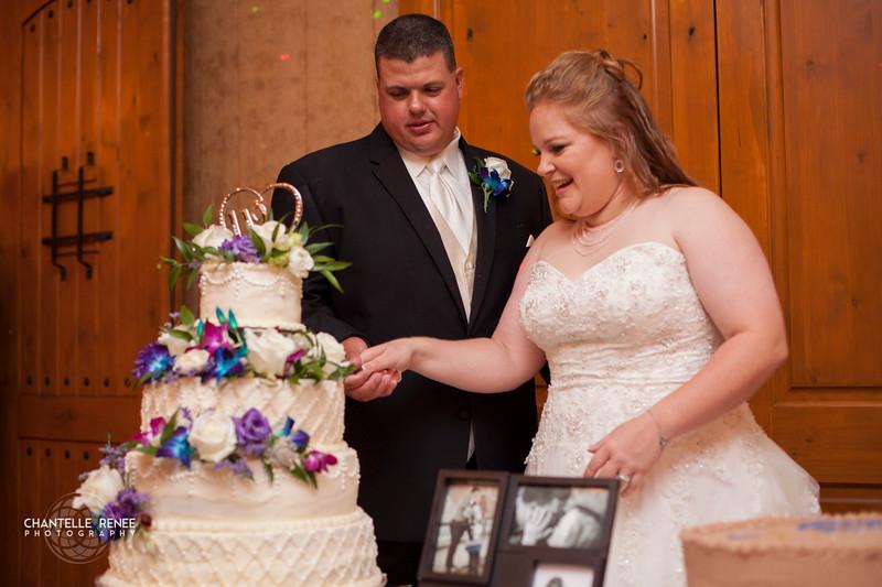 CRPhoto-White-Wedding-Social-599.jpg