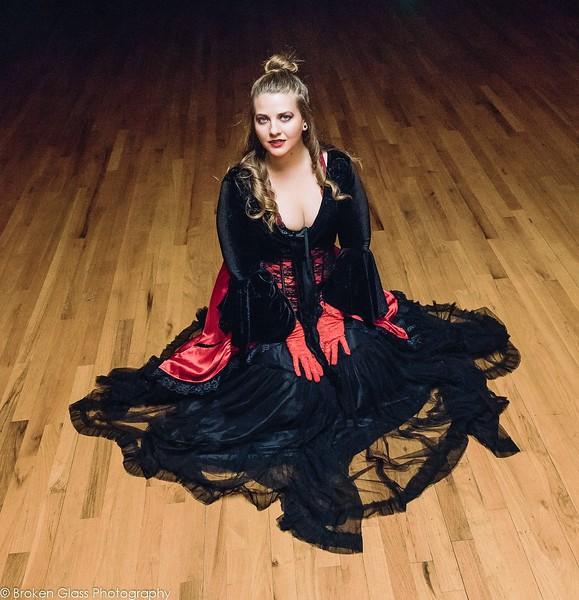 Tiffany M - Vampyre