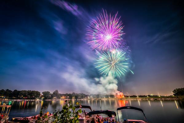 Lake Waukomis Fireworks