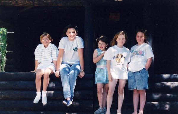 Girls 1988-1990 (6).jpg