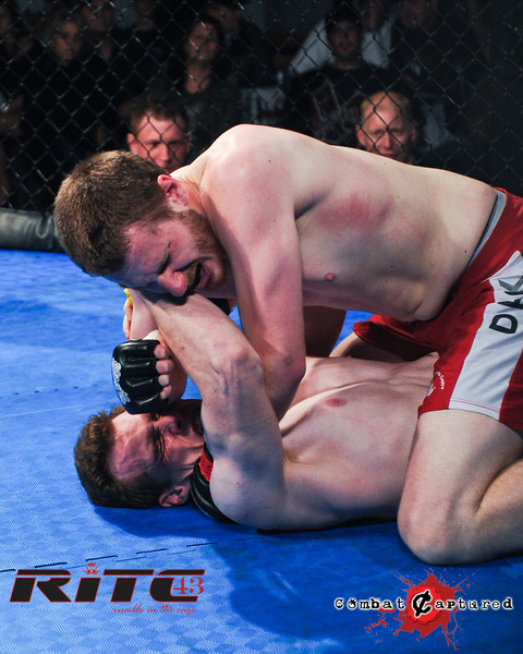 RITC43 B04 - Garrett Raines def Francois Bourassa-combatcaptured-0006.jpg