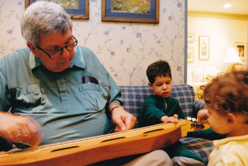 2000-07 Gerry Libman with Josh and Noah and dulcimer.jpg