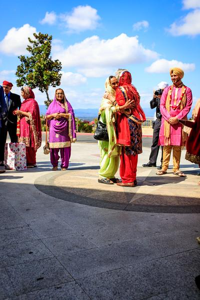 Neelam_and_Matt_Gurdwara_Wedding-1296.jpg