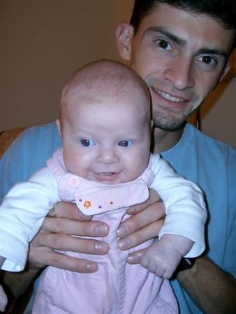 20051116-721_11-Kyle,Tammy,Makayla,&Gismo012.jpg