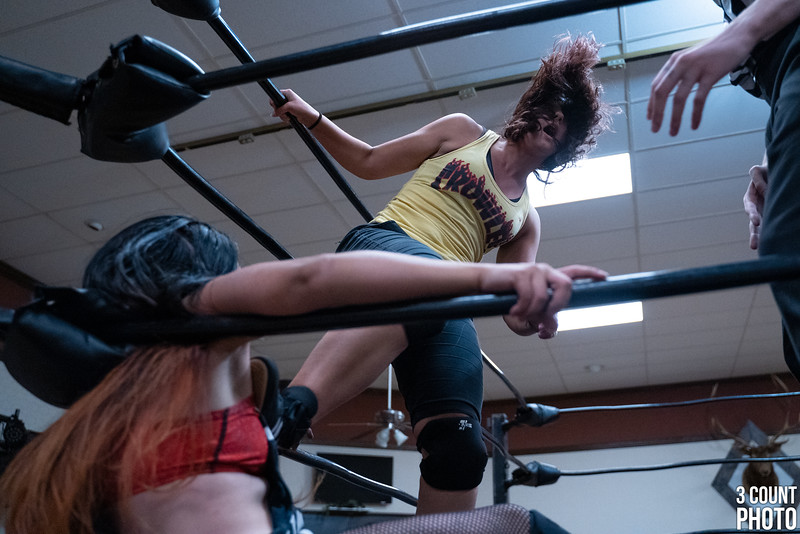 Girl-Fight-Brew-City-63.jpg