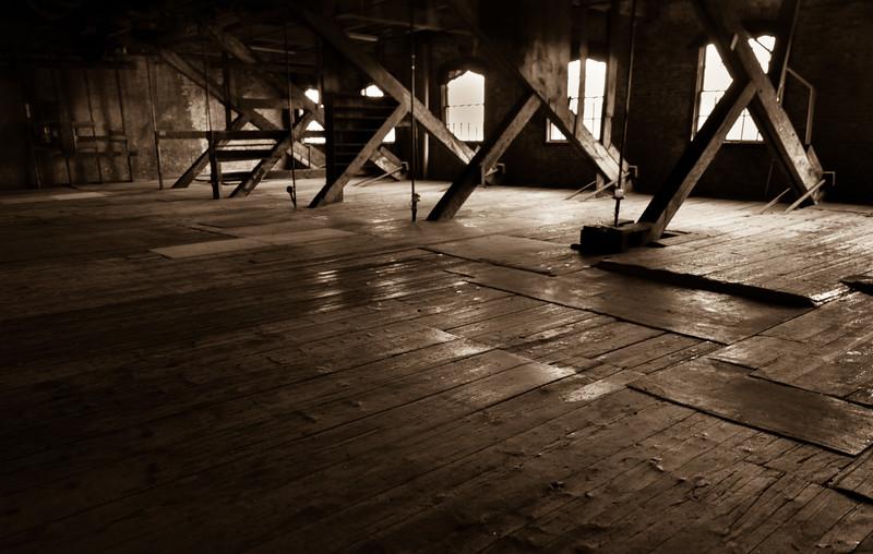 Steve_Thomas rustic room.jpg