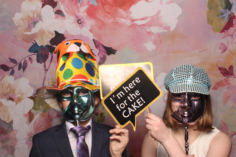 MangoStudios_Photobooth_Catherine and Sean28.jpg