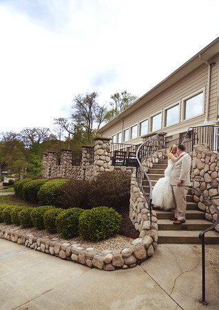 Kate and Matt- Springtime Tippy Country Club Wedding