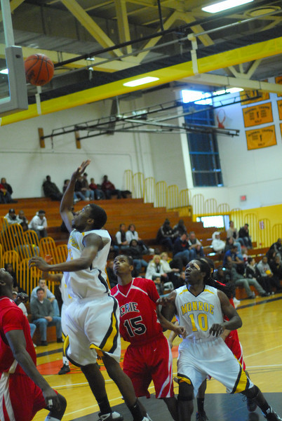 20090301_MCC Basketball_5660.JPG
