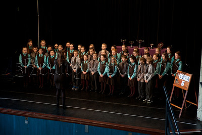 St Clares Abbey Choir taking part in Newry Feis. R1509007