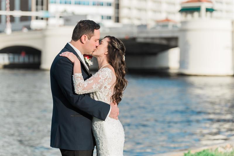 ELP0216 Chris & Mary Tampa wedding 467.jpg