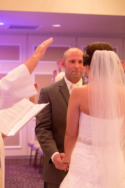 Matt & Erin Married _ ceremony (218).jpg