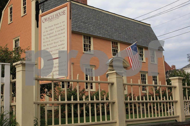 Oracle House, circ 1702, one of the oldest houses in New England