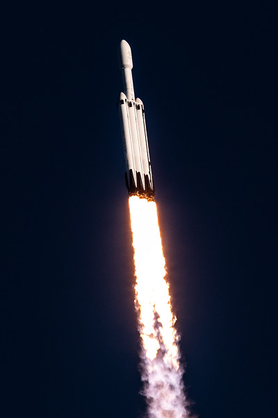 WS-Falcon Heavy Arabsat-1466.jpg