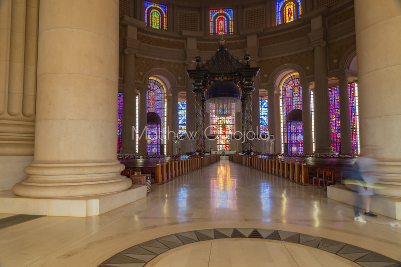 Main entrance and aisle of the Basilica of Our Lady of Peace Basilique Notre Dame de la Paix Yamoussoukro Ivory Coast Cote d'Ivoire West Africa. The largest church in the world.