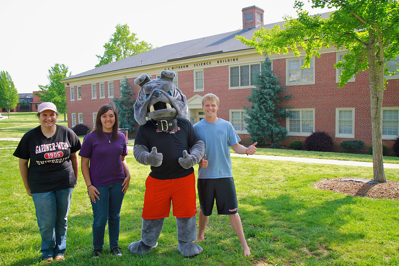 Students join Mack the bulldog for some quick photo opportunities.