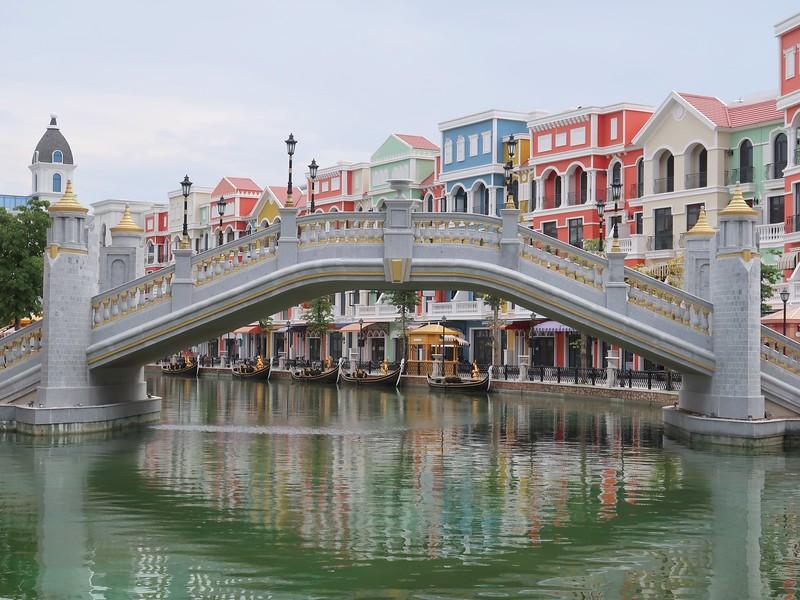 IMG_9527-venetian-bridge.jpg