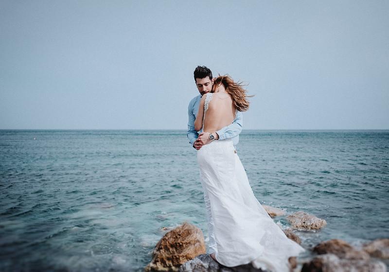 Tu-Nguyen-Wedding-Photography-Videography-Hochzeitsfotograaf-Engagement-Santorini-Oia-Greece-Thira-47.jpg