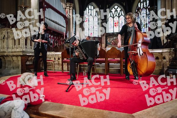 © Bach to Baby 2017_Alejandro Tamagno_Sydenham_2017-12-06 030.jpg