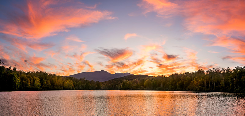 Autumn at Price Lake