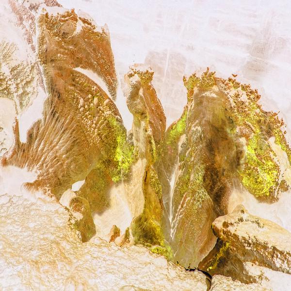 Dan-yr-Ogof Caves~10118-3ins.