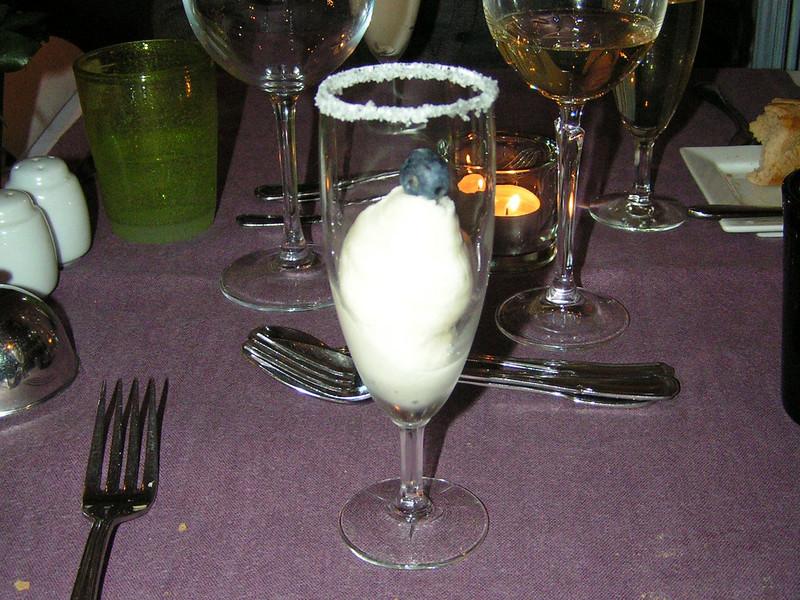 """""""Verfrissende champagnesorbet"""" (Sylvester-menu)"""
