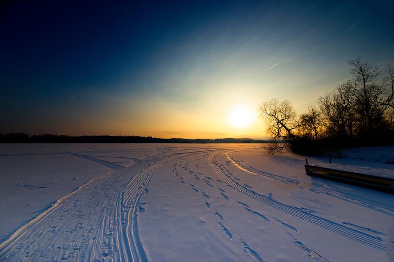 nimisila ice sunrise 2019.jpg