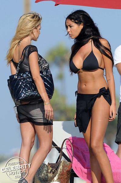Nabilla Benattia Argues With Shauna Sands On A Beach In Santa Monica For French TV